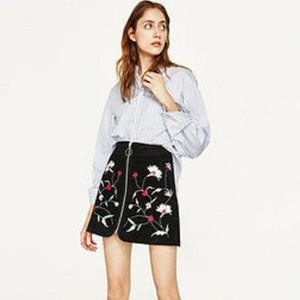 Zara Zip Front Floral Embroidered Suede Skirt XS